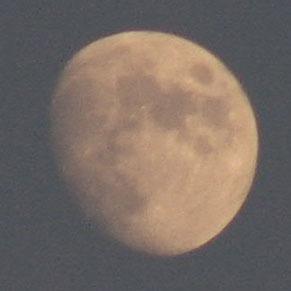 moon110810.jpg